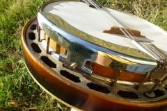 EG-4421_gibson_banjo_mb-00_armrestJPG