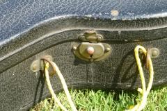 9425-10_gibson_mastertone_banjo_pb-4_case_latch