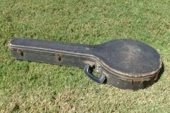 EG-4061_gibson_mastertone_banjo_pb-75_521_case_closed