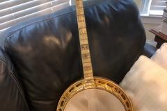 9284-1_gibson_mastertone_banjo_pt-florentine_sofaJPG