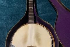 eg-4049_gibson_banjo_rb-00_in_121_case