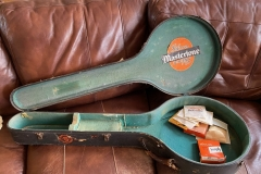9775-10_gibson_banjo_rb-1_case_candy