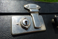 6481-77_gibson_banjo_rb-150_case_lock