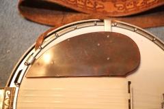 9639-1_gibson_mastertone_banjo_rb-4_400_head_guardJPG