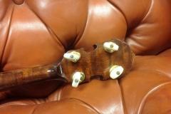 8690-1_gibson_mastertone_banjo_rb-granada_peghead_back