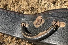 258-1_gibson_banjo_tb-1_511_case_handle