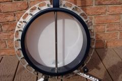 tb-11_nibert_gibson_banjo_inside_pot