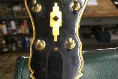 348-1_gibson_mastertone_banjo_tb-18_peghead