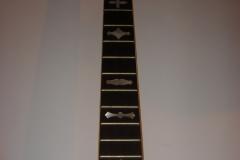 10-3fingerboard