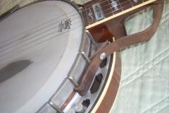 1034-3_gibson_mastertone_banjo_tb-3_rb_flange_treble_side