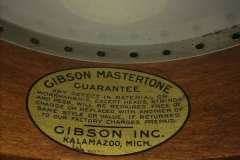 42-24_gibson_mastertone_banjo_tb-3_mastertone_decal
