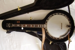 9489-26_gibson_mastertone_banjo_tb-3_in_case_with_neat_neck