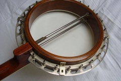 9489-26_gibson_mastertone_banjo_tb-3_with_neat_neck_inside_pot_a