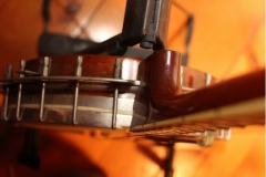 9903-41_gibson_mastertone_banjo_tb-3_looking_down_on_pot