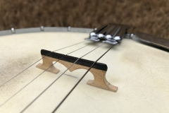 276-11_gibson_mastertone_banjo_tb-4_two_footed_bridge