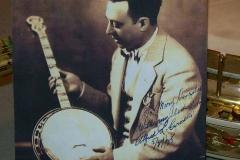 0263-66_gibson_mastertone_banjo_tb-florentine_caroselli_with_banjo