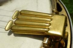 9522-4_gibson_mastertone_banjo_tb-granada_clamshell_tailpiece