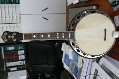 F380-19_gibson_banjo_ub-4_front