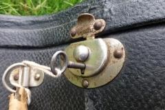 gibson_banjo_kk-10_goss_511_case_lock_and_key