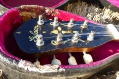 836-3_gibson_mastertone_banjo_mb-3_peghead_in_393_case