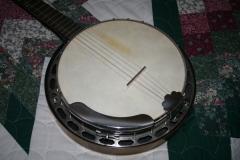 EW-2668_montgomery_ward_five-string_banjo_955_pot_a