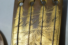 8444-3_gibson_mastertone_banjo_tb-5_tailpiece_engraving