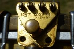 8444-3_gibson_mastertone_banjo_tb-5_tailpiece_patent