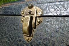 664-7_gibson_mastertone_banjo_tb-75_509_case_latch