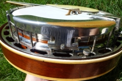 664-7_gibson_mastertone_banjo_tb-75_armrest